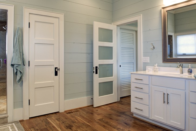 fascinating-trustile-doors-with-wooden-floor-and-white-cabinets-plus-wall-lighting-true-style-doors-doors-logo-door-stiles-interior-door-company-tru-doors-trustile-door-wood-door-680x455.jpg