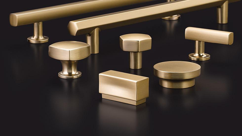 Emtek-Cabinet-Pulls-Back-plates.jpg