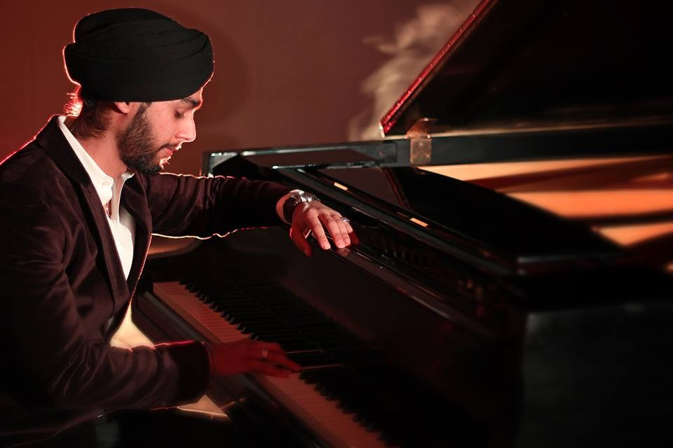University of Toronto ArticleGagan Singh makes waves in the music industry -