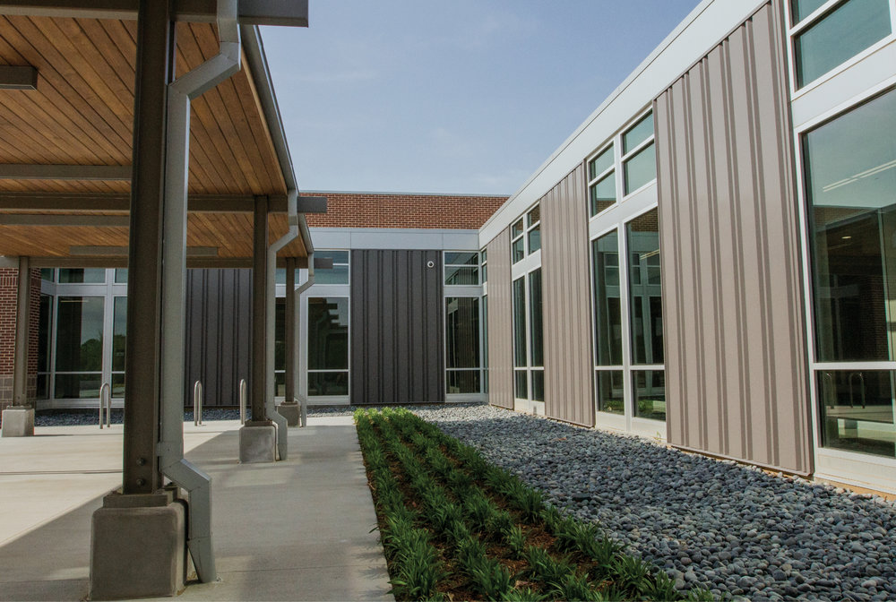 GLASS AND ALUMINUM FOR COMMERCIAL AND INDUSTRIAL PROJECTS   SEE OUR WORK