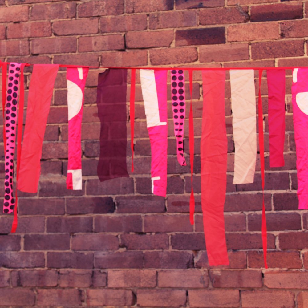 Pink & red gypsy bunt