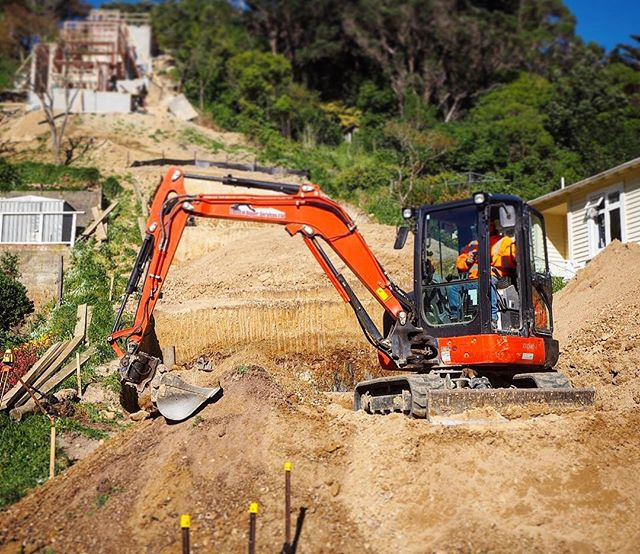 Great to see work starting on a 2 house development on a skinny and steep section. #ResidentialArchitecture #WellingtonArchitecture #Excavation #Construction #NZArchitecture #NewBuild