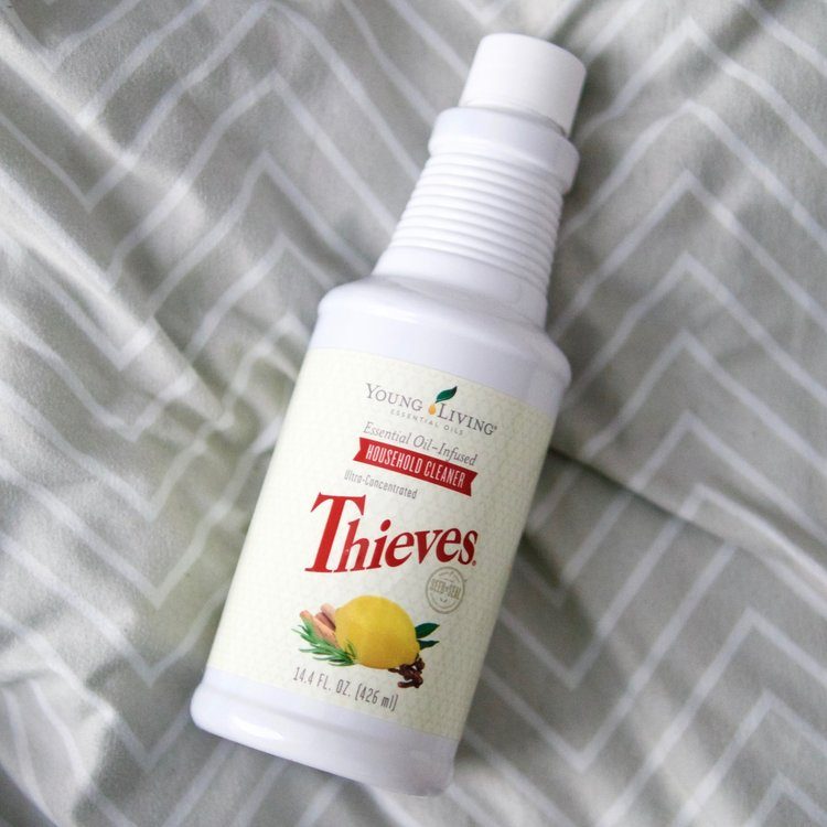 Thieves Household Cleaner 14.4 fl oz. bottle. One bottle could last months to years, depending on your usage. A sample packet of Thieves cleaner comes in the  premium starter kit.