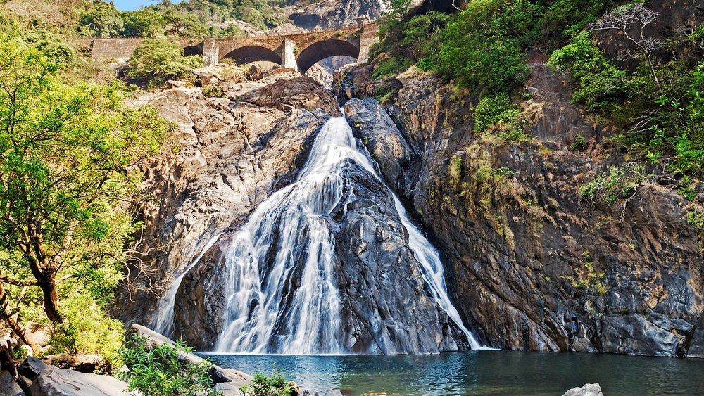 170831132832-dudhsagar-falls-goa-full-169.jpg