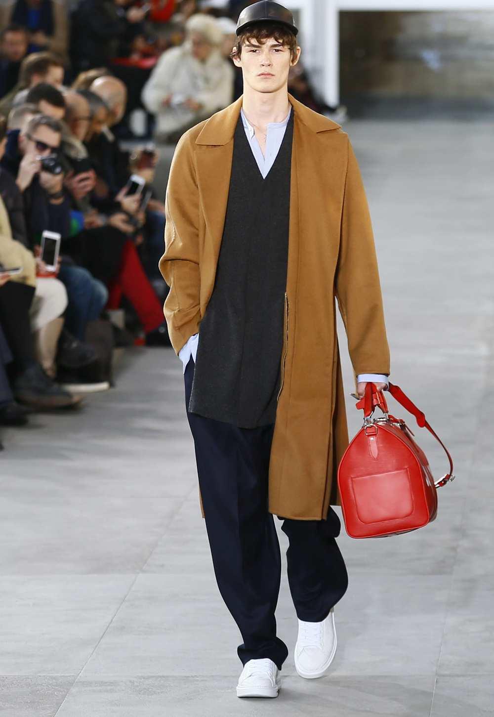 2058515_fashion-week-homme-hiver-2017-le-desir-de-vuitton-web-0211708866655.jpg
