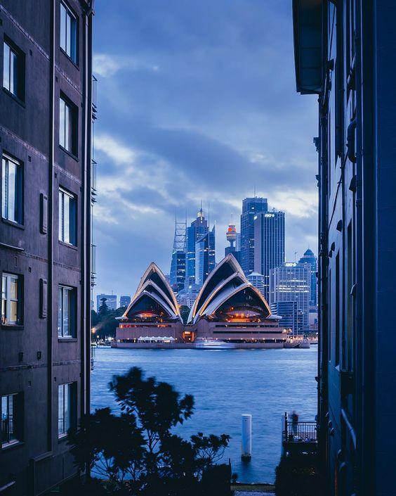 OperaHouse-Sydney.jpg