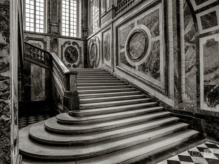 Escalier de las Reine, Château de Versailles 1/45