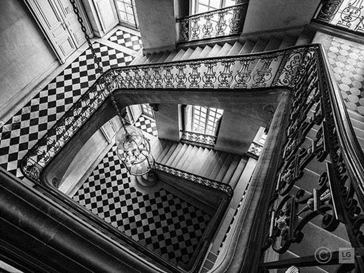 *SOLD* Questel Staircase at Château de Versailles 1/45