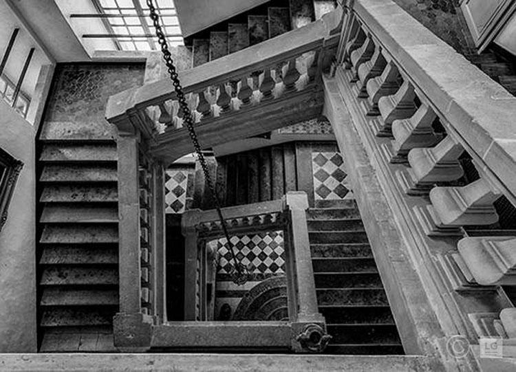 Staircase at Château de Balleroy, Normandy 1/45