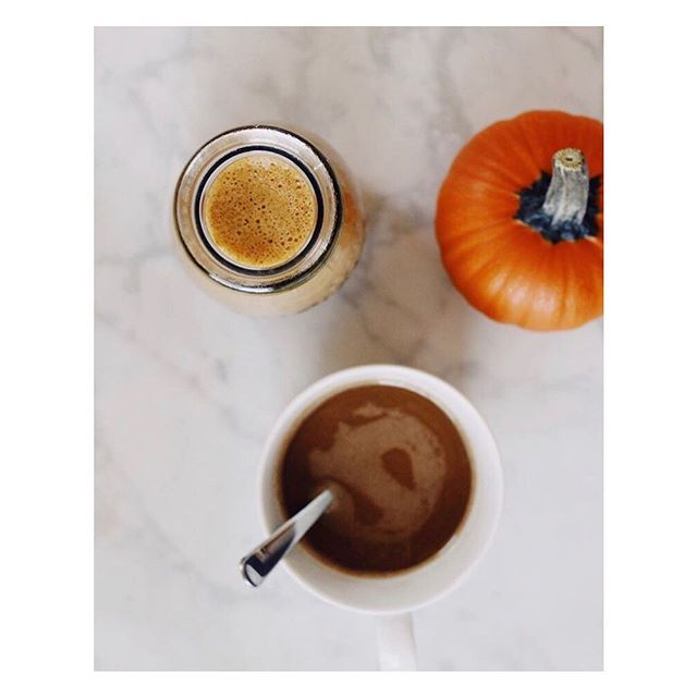 Looking for a little morning-after pick me up? Give this one a go: ☕️cup a coffee 1T ghee 2T pumpkin purée 1/2 tsp cinnamon 1/2 tsp pumpkin pie spice 1/2 tsp turmeric or @goldynglow powder 1 date. Optional add ins: collagen, mct oil, Chaga or Maca powder.  Blend, froth and enjoy!! 💛🧡🎃✨happy day after.... . . #holistichealth #wellnessjourney #wellnesswarriors #healingspices #holidayseason #functionalfood 📷:@kristinaperrone