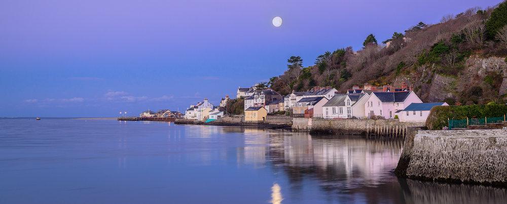 Moonset Penhelig Aberdovey-Aberdyfi.jpg