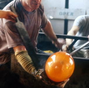 s_glassblowing_1.jpg