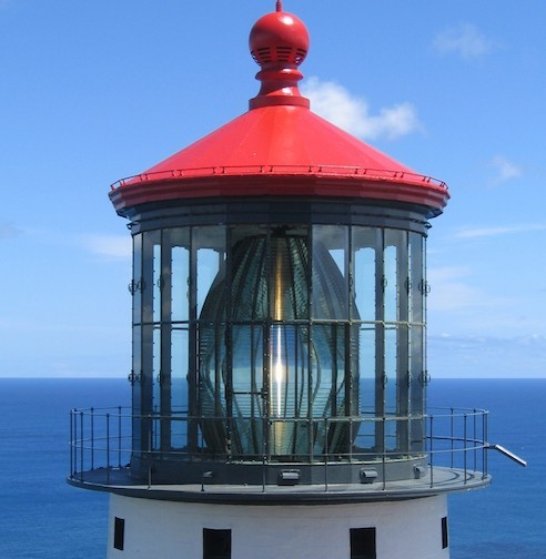 US Coast Guard Makapu'u hyper-radial light (Oahu, HI) (photo courtesy of James Woodward)