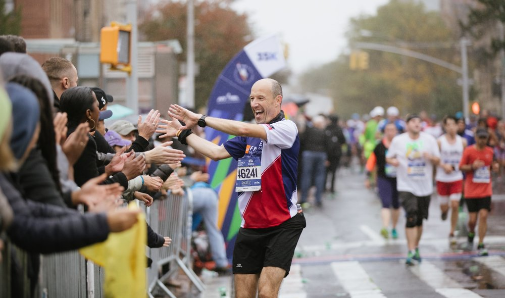 Insider's guide to spectating the new york city marathon.
