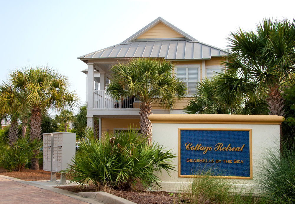 Beach Retreat Cottages_2.jpg