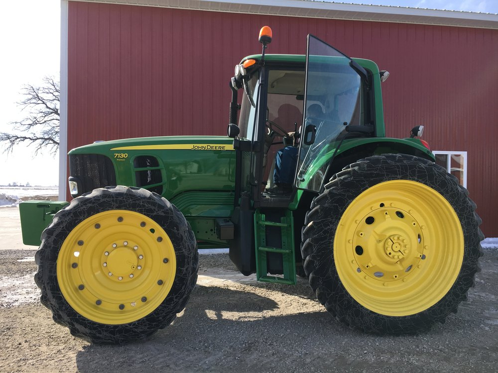 2012 John Deere 7130 Premium with 3003 Hours $67,500.JPG