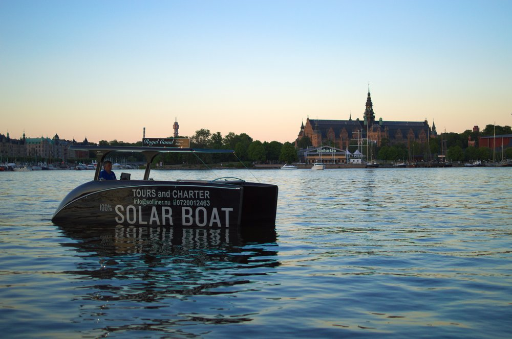 solarboatfrontpagesq3.-1.jpg