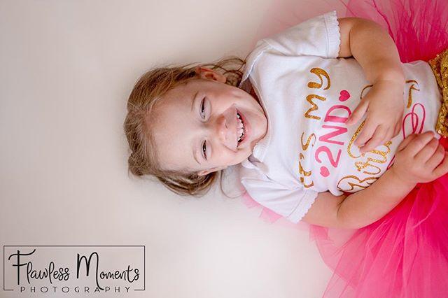 2nd birthdays are the best! . #cakesmash #2ndbirthday #flawlessmoments #letthembelittle #kids #toddlerlife #toddlersofinstagram #photography #illinoisphotographer #quincyil #quincyilphotographer #midwestphotographer #birthdaygirl