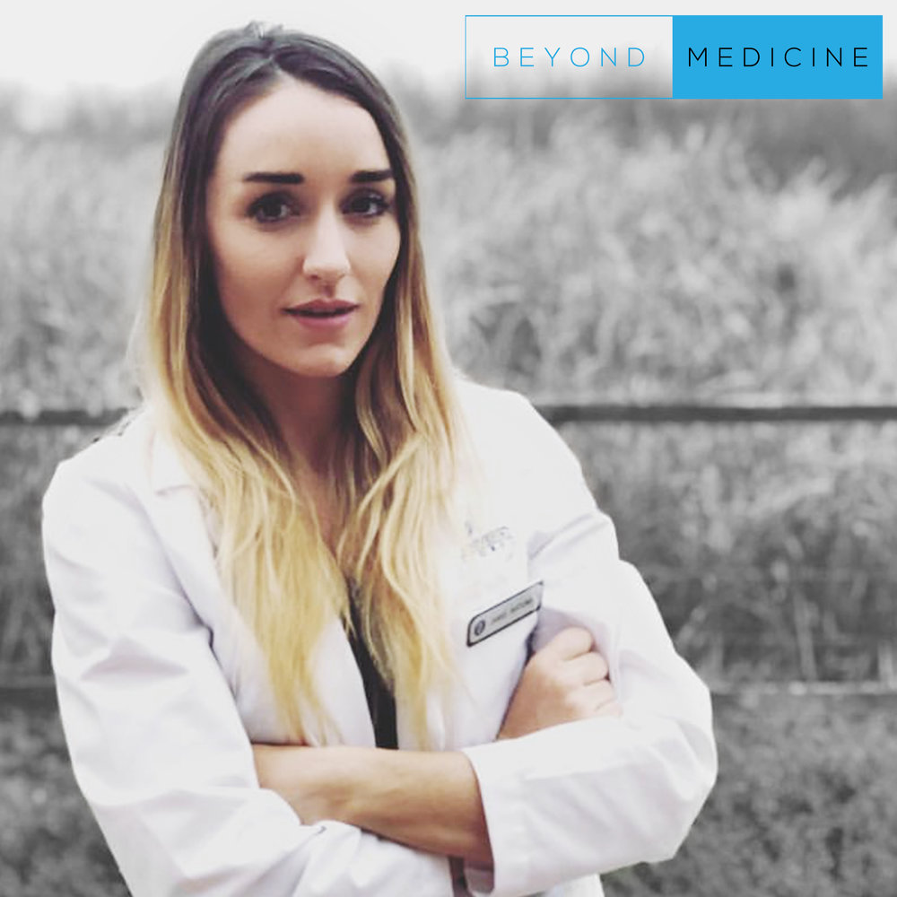 """WTF Is """"Healthy""""? - *NEW* - """"#PODCASTSESSION""""Future physician and one of the many vocal leaders in medicine, Jamie Katuna, talks with me about being vigilant when it comes to health information and getting to the facts. Who should we trust and what makes a study credible? Jamie's reputation is backed up by many articles and interviews throughout her journey and we discuss our random ramblings and thoughts in this episode."""