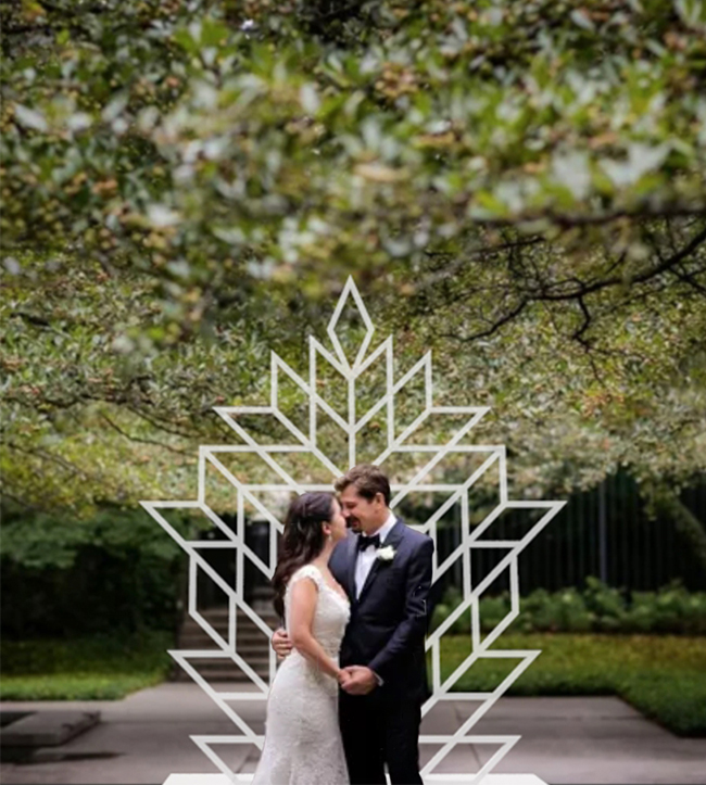 Moonbear_Co_Freestanding_Wedding_Wall_Backdrop_Geometric Leaves.jpg
