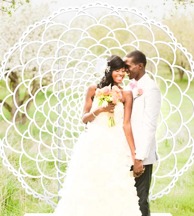 Moonbear_Co_Freestanding_Wedding_Wall_Backdrop_Meadow_Lace.jpg