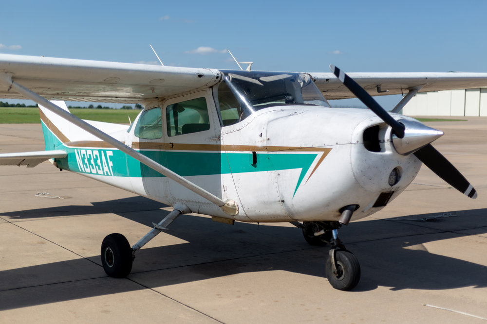 N333AF - N333AF is a 1972 Cessna 172L equipped with a Garmin G5 along with a Garmin 430W GPS system. It's  mainly used by Private Pilots students and  students working on their Instrument Rating. $149 WET