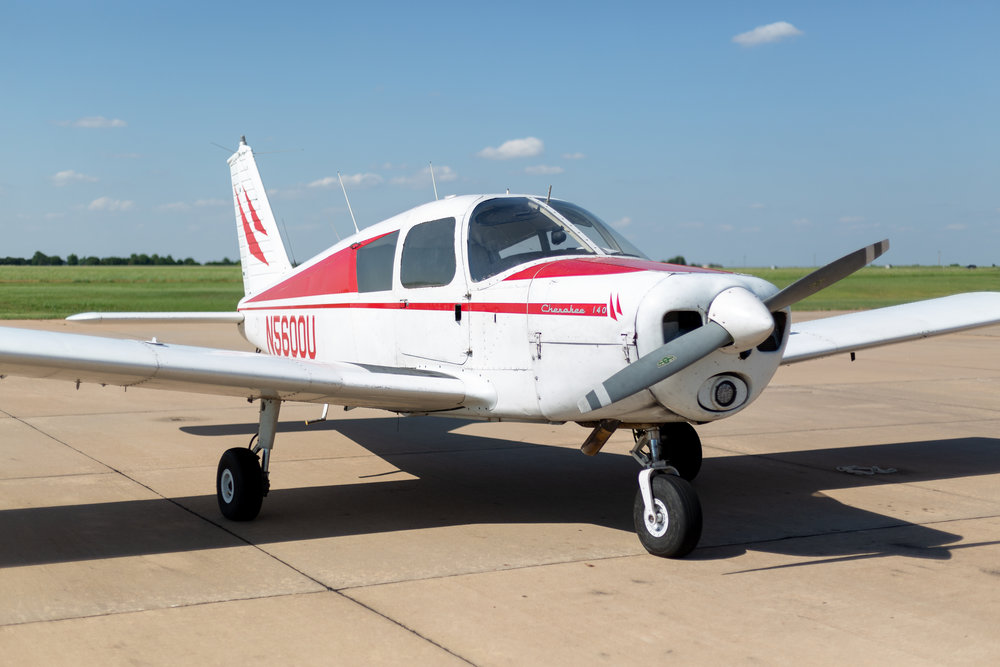 N5600U - N5600U is a 1966 Piper Cherokee 140  mainly used for VFR flights and private pilots students . It's equipped with an electronic ignition system.$139 WET