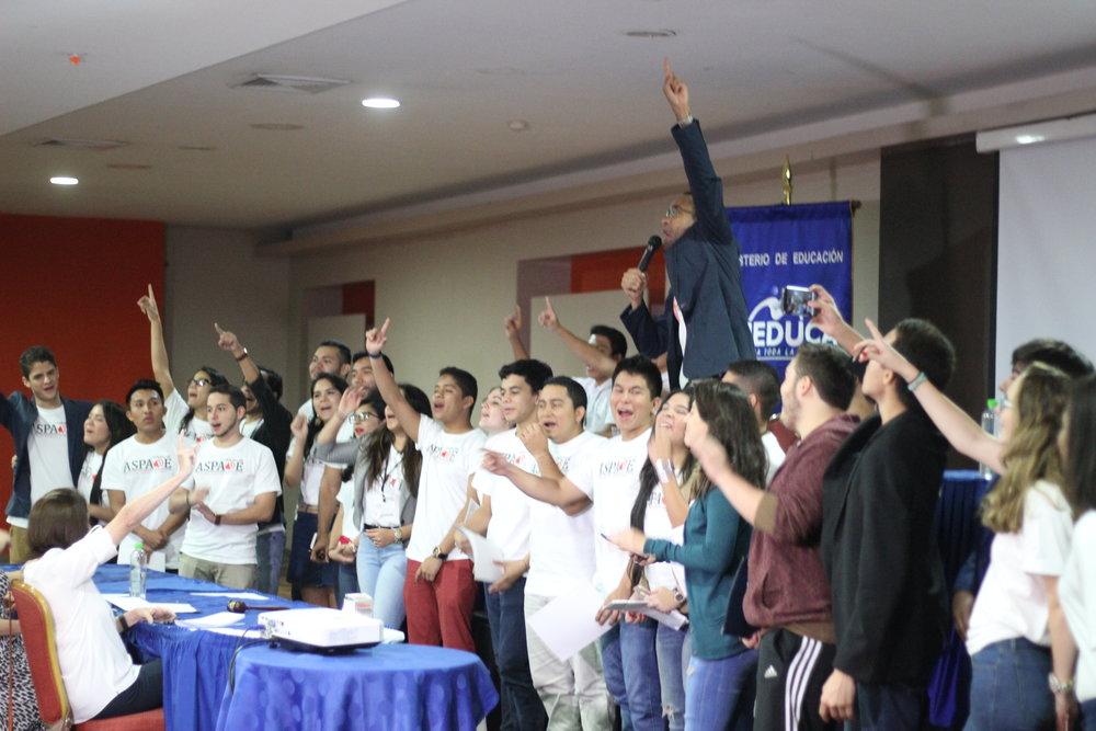 Organizadores y Voluntarios.JPG