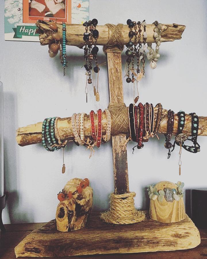 Bracelet holder/display