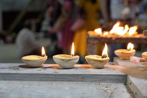 candles-meditation-room.jpg