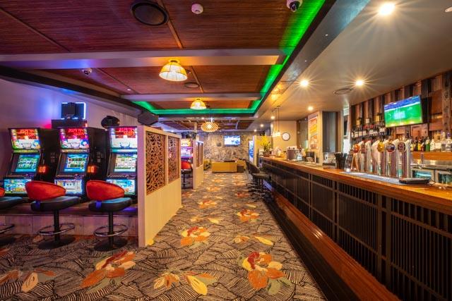 gaming room villa noosa (1).jpg