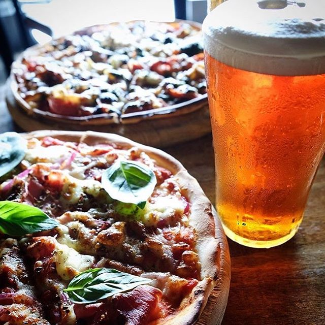 From handmade dough to delish toppings, our pizzas are freakn epic & will change your life. Grab your mates & get around it every MONDAY with our $15 Pizza + Bev deal, tasty sips courtesy of @stowawaybar 🍻🍷. Open from 5pm 🤟