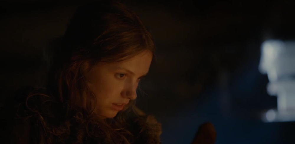 command-shift-4 :       Game Of Thrones    (Season 2) featuring Cassie