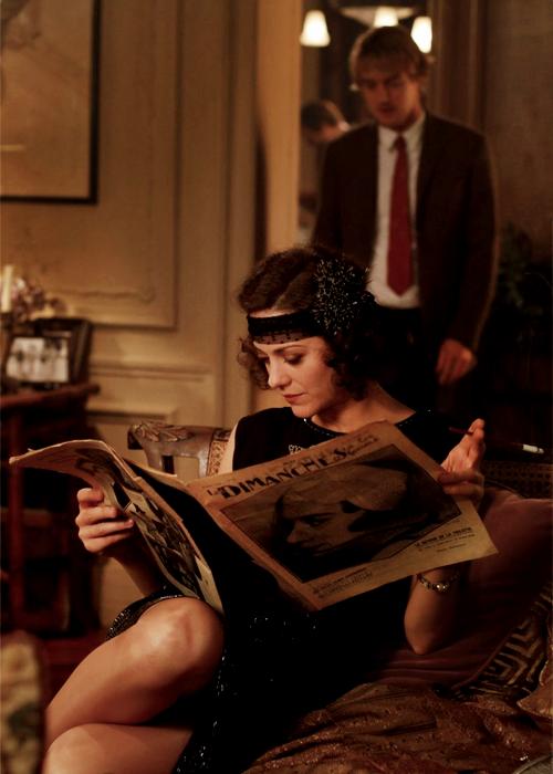 "Marion Cotillard's headband in ""Midnight In Paris"" = something I really really want."