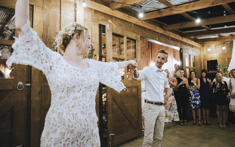 Bride & Groom Mag Amanda & Jono's WEDDING 1.jpg