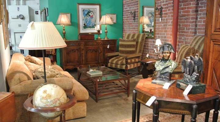estate-sale-showroom-with-furniture1.jpg