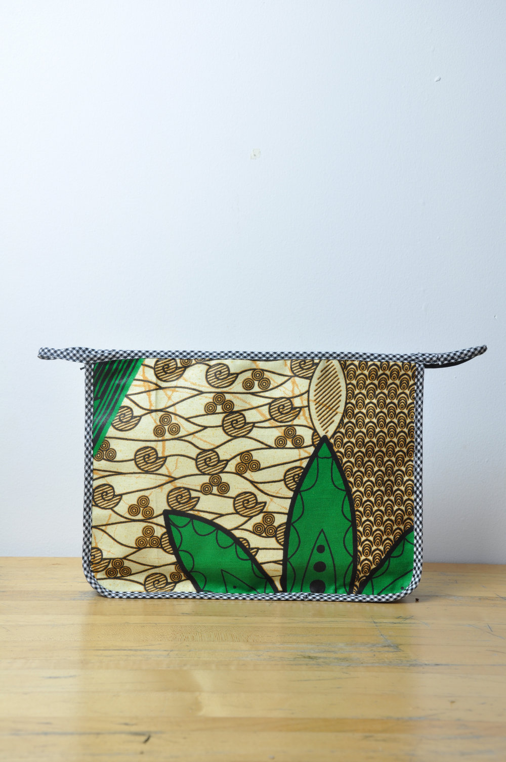 Kente Toiletry Bag 4