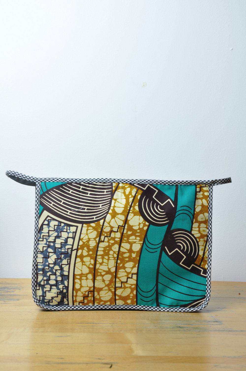 Kente Toiletry Bag 7