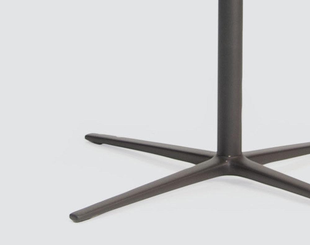 volar_table_crop_02.jpg