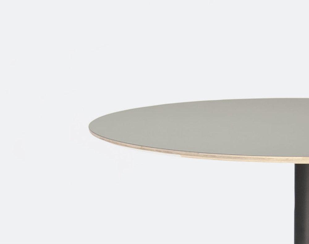 volar_table-crop.jpg