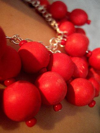 037_lucy_necklace_LV_USM.jpg