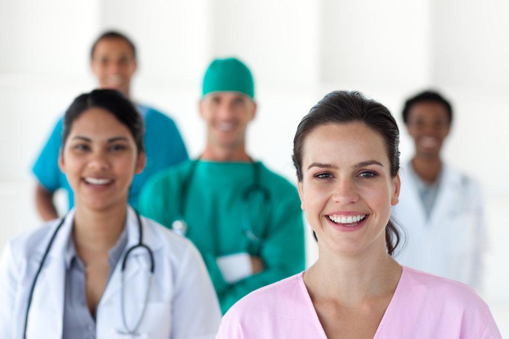 Contamos con un personal médico altamente calificado. Ponemos a tu disposición nuestro directorio médico.