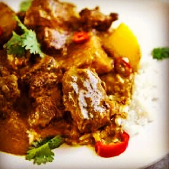 Happy new year!! Ik hoop dat jullie een hele leuke avond hebben gehad .  Stop by and try our special rice menu as Shaking beef. Coconut beef curry stew and more ... #amsterdamfood #homecooking #foodmagazine #foodblogger #homemade #vietnamesefood #foodporn #healthyfood #healthyrecipes #foodie #beefstew #chicken #coconutcurry #vietnamesefood #vietnamesefood #amsterdamfood #winterhealrhy#spicy #foodlover#authentic #hanoi_oq# #foodlove #enjoy #restaurant #ilovefood