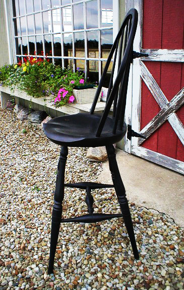 Windsor Counter Height Stool
