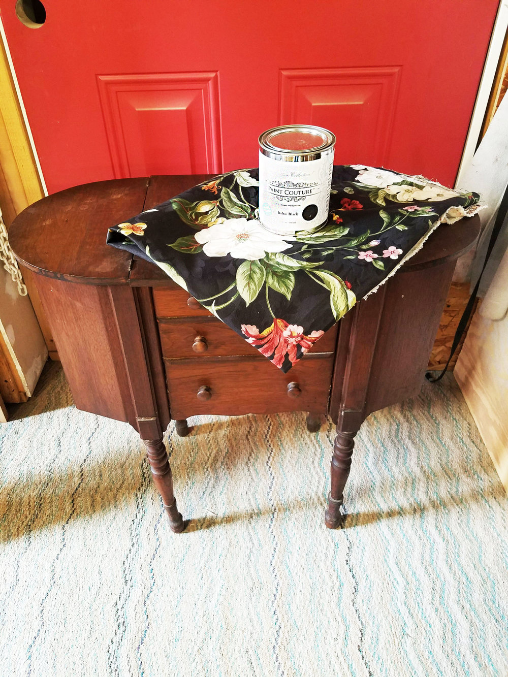 sewing_table_inspiration.jpg