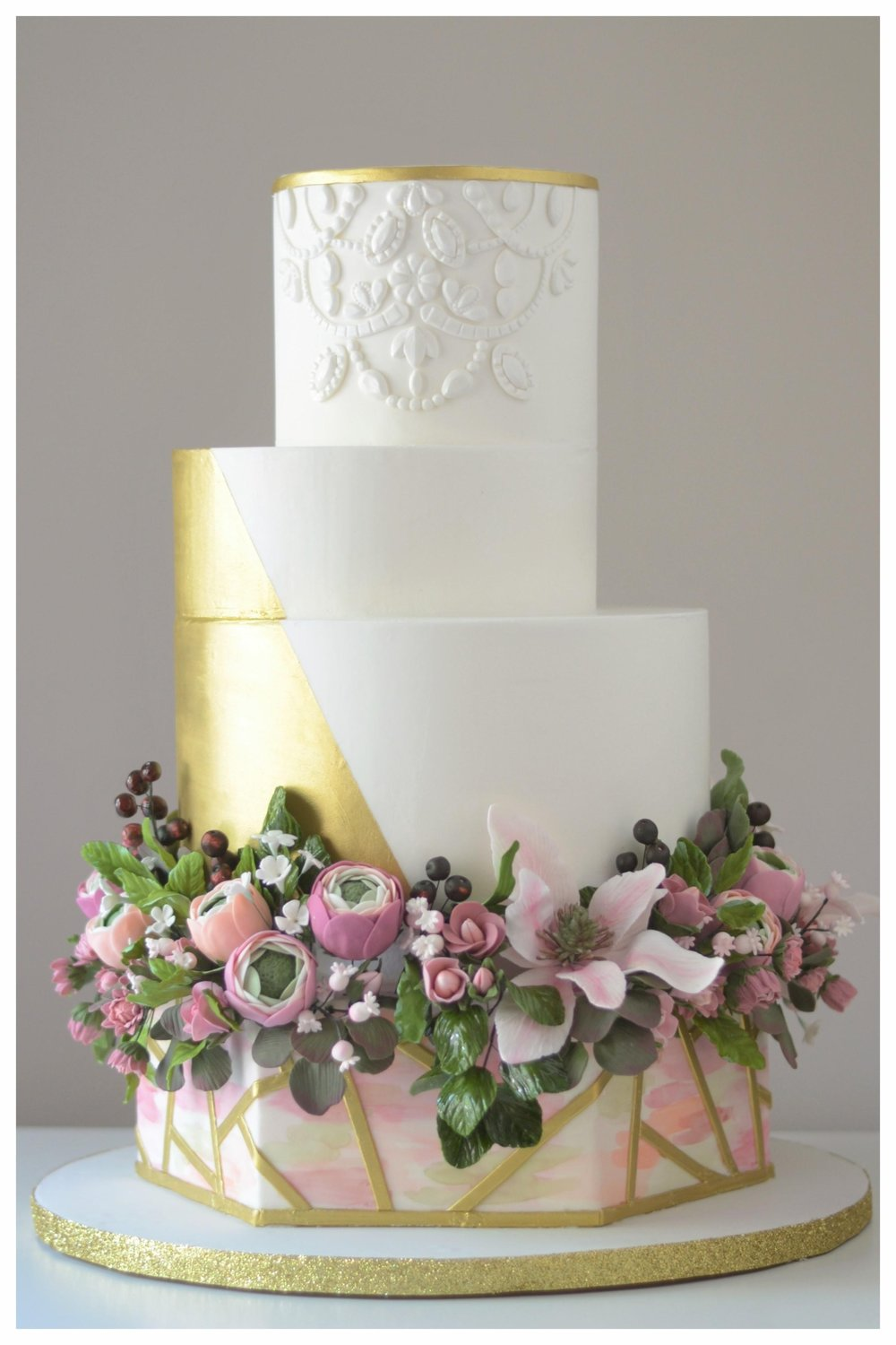 bloom cakery gold floral cake