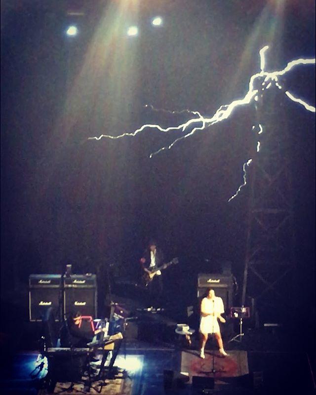 Charly García y la Torre de Tesla ⚡️⚡️⚡️ @jicontrerassearle