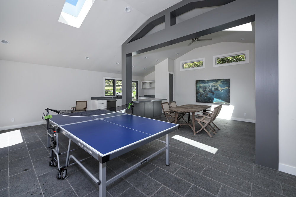 49_Poolhouse pooltable.jpg
