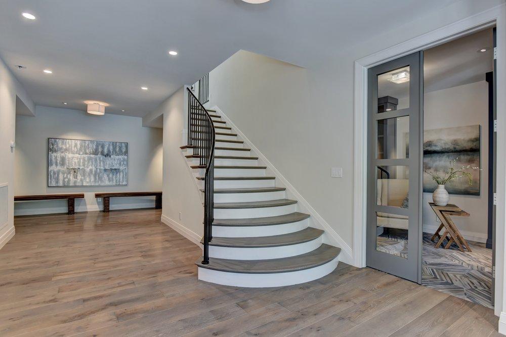 5_stairway.jpg