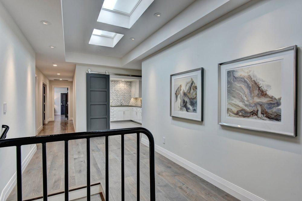 30_upstairs hallway.jpg